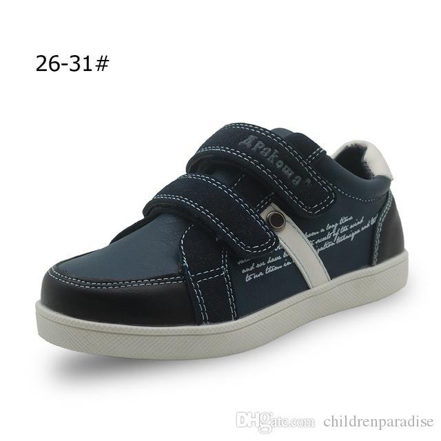 e12bceb6c Compre Apakowa Meninos Primavera Outono Sapatos De Couro Pu Crianças  Tornozelo Casual Patched Calçados Infantis Para Meninos Planas Sneakers  Sapatos Eur 26 ...
