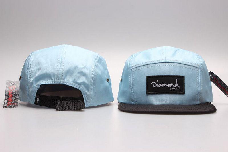 Compre 24 Estilos Moda Diamante Cap 5 Panel Snapback Sombreros Classic Men  Diseñador De Mujer Snapbacks Caps Barato Diamond Floral Hat Dad Casual Caps  A ... 80d04a98e8a
