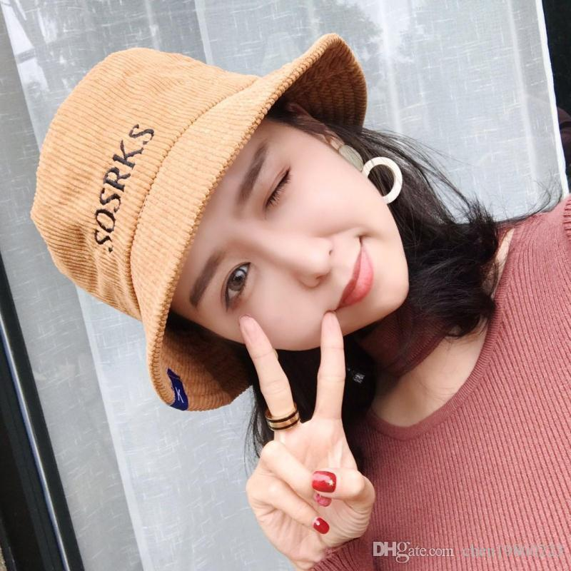 2019Autumn and winter new European and American hot color hair ball knit men and women warm gold silver shiny wool hat