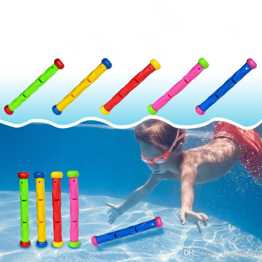 New Summber Water Throwing Toys Torpedo subacqueo Swimming Pool Toy Swim Dive Torpedo giocattoli per i bambini