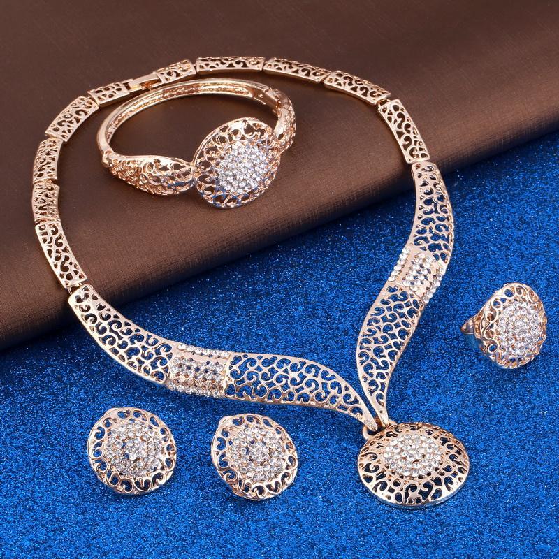 ZOSHI Exquisite Dubai gold Jewelry Set Wholesale Luxury Nigerian Woman Wedding Fashion African Beads Jewelry Set Costume Design