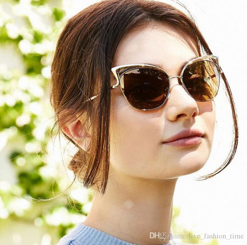 Donne Moda Twin-Beams Cateye Vintage Occhiali da sole Brand Designer Retro Punti Occhiali da sole superstar Donna Lady Cat Eye UV400