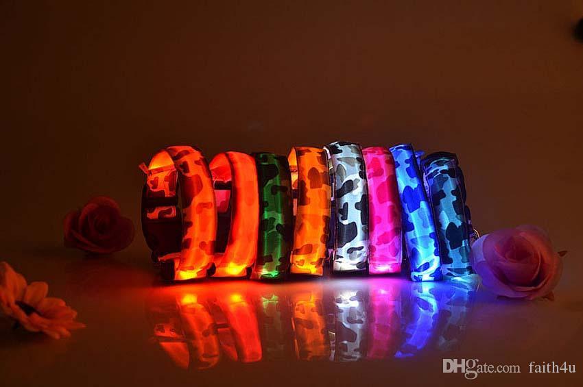 Cão Flash LED Camo Colar Glow Cat Coleiras Piscando Nylon Neck Light Up Collar Formação para Cães Pet Supplies Dog Collars Livre DHL