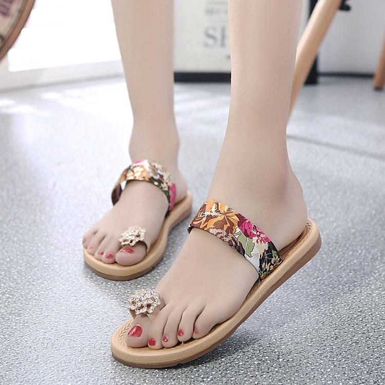 41091e63f44a22 Roman Style Sandals Water Drill Woman Sandals Cool Slippers Flat Shoes Flat  Heeled Beach Shoes Crystal Shoes Fashion T Type Sexy Slippers Cheap Boots  High ...