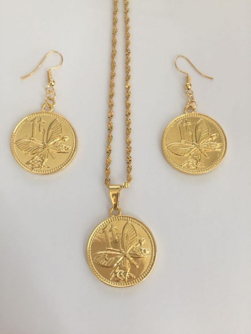 Großhandel Gold Afrikanischen Paradiesvogel Anhänger Halsketten