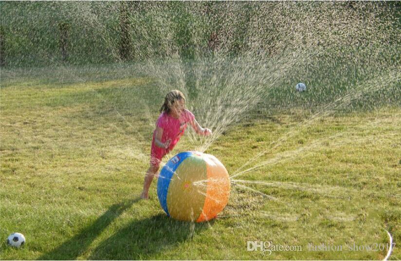 Umweltschutz im Freienspielwaren Wasserball-aufblasbares Wasser-Spray-Spielzeug-Sommer-Wasserball-Rasen-Ball-Spielwaren für Kindergeschenke