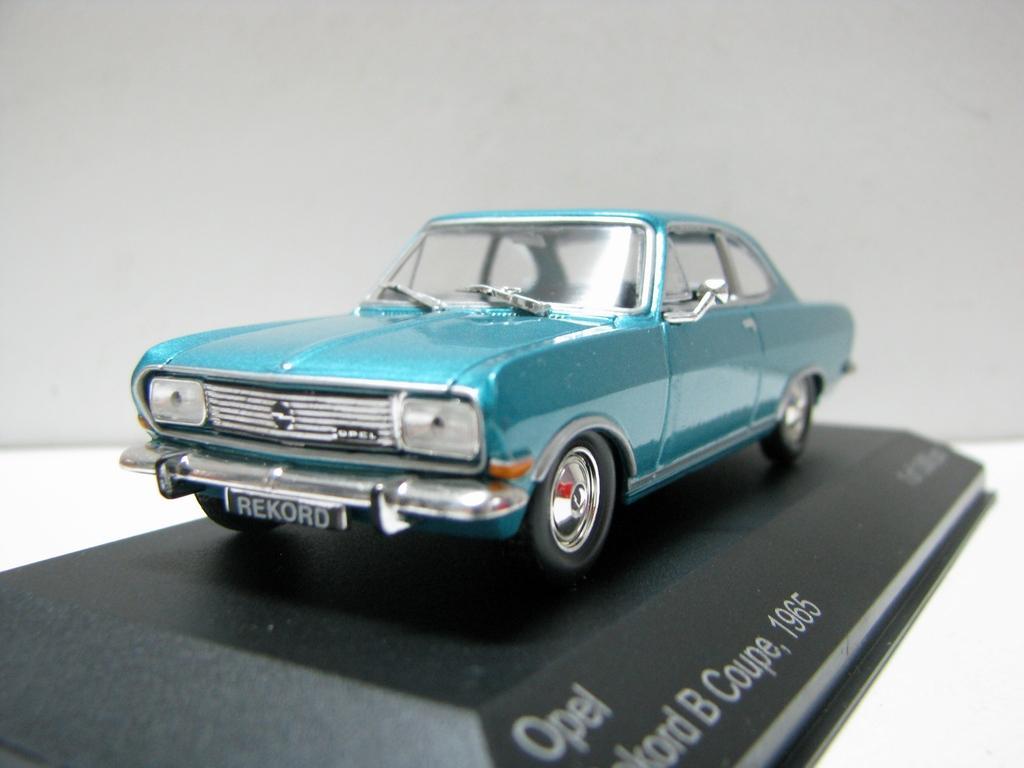 Blanca Para El Juguetes 43 Coupe Opel Caja Modelo Original 1 Aleación Coche 1965 De B Boutique Niños Envío Rekord dChQstrx