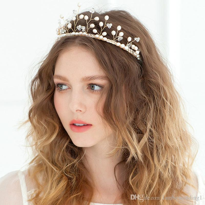 Delicate 2018 Headbands For Wedding Lovely Crown Freshwater Pearls Crystal Hairpieces Handmade Bridal Headpieces Tiaras Bridal Accessories