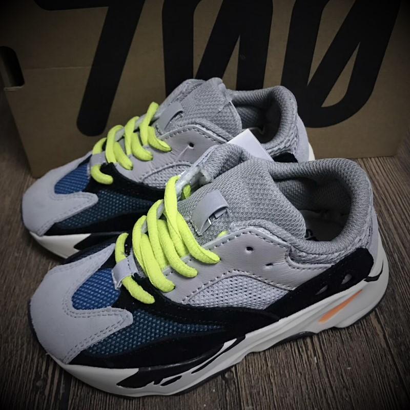 finest selection fed52 8c095 ... Wave Runner 700 Boost Kanye West Scarpe Da Corsa Ragazzi Ragazze Trainer  Sneaker Boost 700 Scarpa Sportiva Bambini Scarpa Da Ginnastica Grigio Blk  Blu A ...