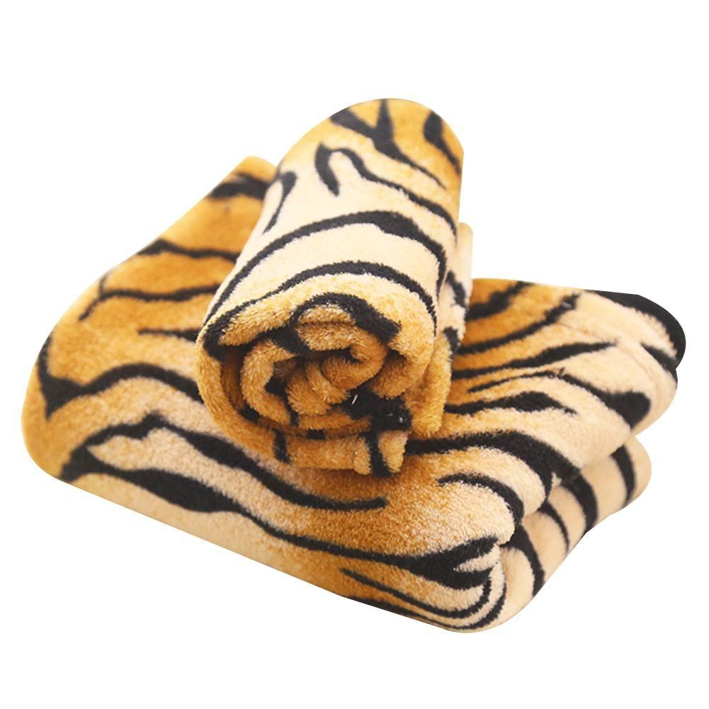 a5749c16ff50c Compre Suprimentos Para Cães Padrão De Pele De Tigre Rainbow Flanela Macia  Tapete Cat Dog Puppy Pet Cobertor Mat De Aurorl