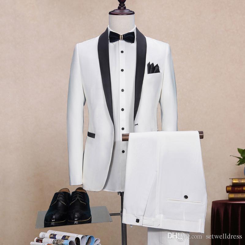 Esmoquin de novio blanco de dos piezas por encargo 2018 Padrinos de boda baratos Mejor hombre Traje de baile Hombres Trajes de boda Novio Fomal Wear chaqueta + corbata + pantalones