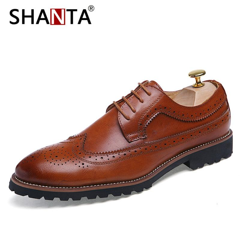 ff38823add8 Compre SHANTA Zapatos De Vestir Para Hombre Moda Brogue Patrón Floral Hombres  Zapatos Formales Boda De Cuero Vino Tinto Oxford Plus Size 45 A  40.28 Del  ...