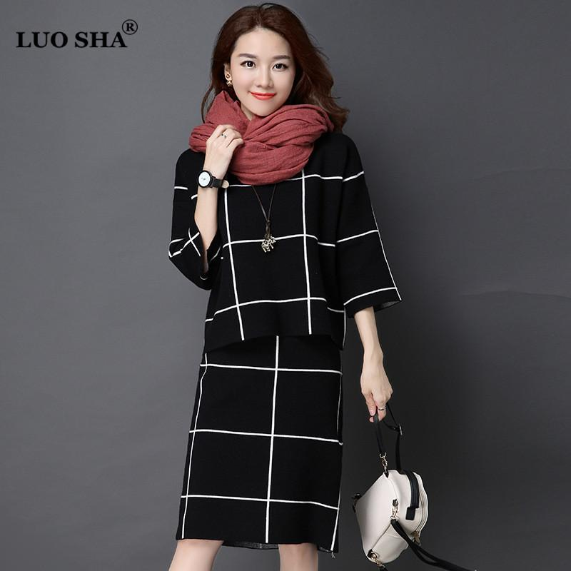c06b9e68598 2019 LUO SHA Two Piece Set Women Sweat Suit Female Winter Suit Plaid Sweat  Suits Women Costume With Skirt Female Business From Baldwing