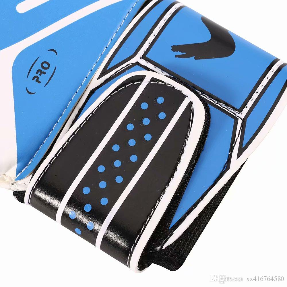 Professional Soccer Goalkeeper Gloves Strong 5 Finger Save Protection Thicken Latex Futebol Goalie Goal Keeper Football Gloves