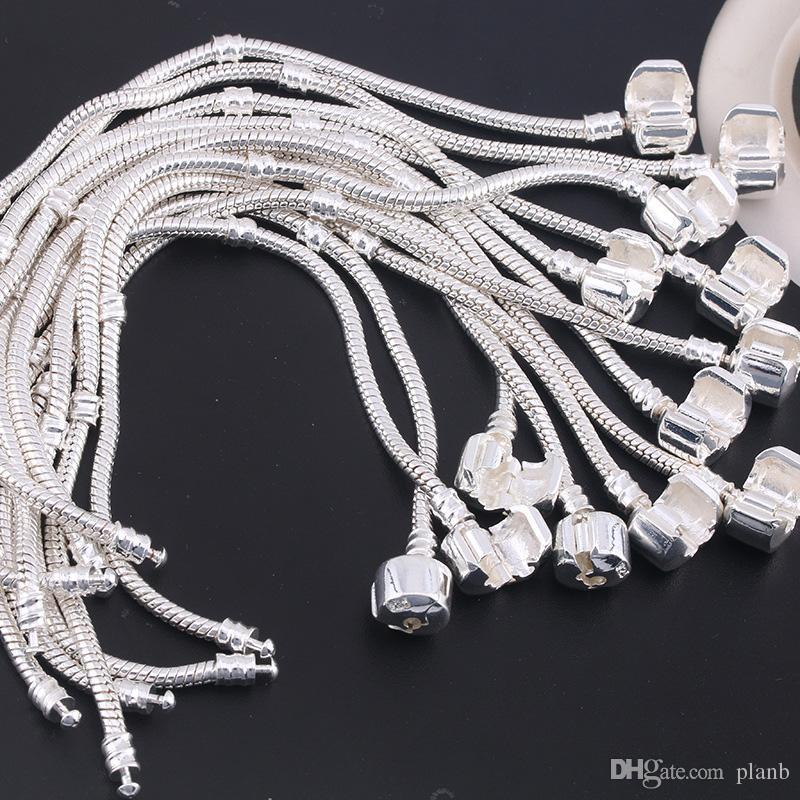 Оптовая продажа фабрики стерлингового серебра 925 пробы Браслеты 3 мм Змея Fit Fit Pandora Подвески из бисера браслет Изготовление ювелирных изделий подарок для мужчин, женщин