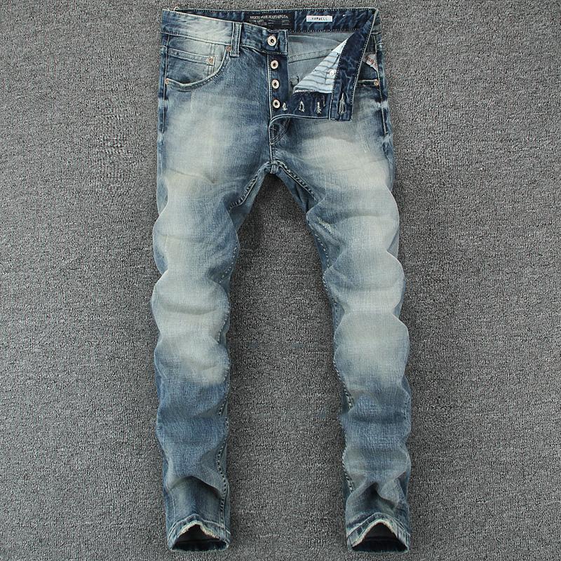 Großhandel Italienische Vintage Designer Männer Jeans Hellblau Slim Fit  Denim Tasten Hosen Klassische Einfache Jeans Homme Baumwolle Marke Männer  Von ... f475aa2b12