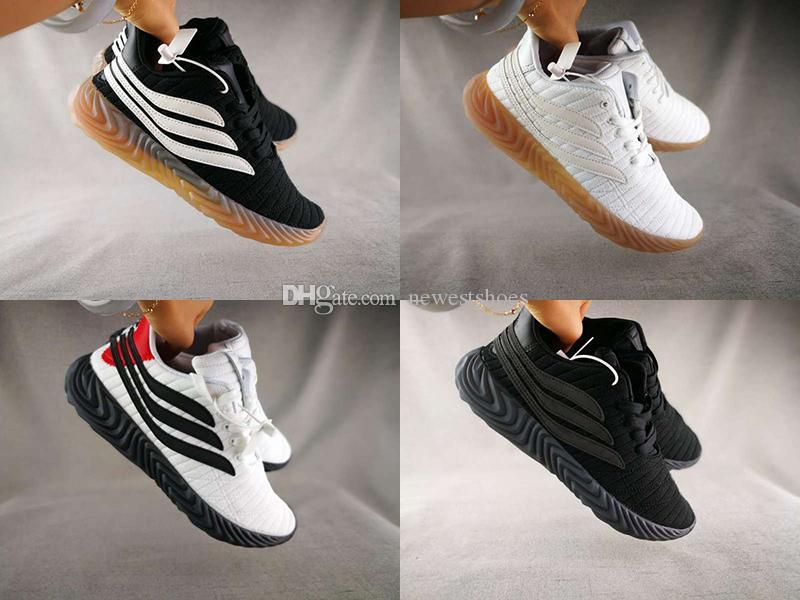 Acquista A Buon Mercato Uomo Donna SOBAKOV Maglia Sneakers Da Allenamento  Nero Bianco Gomma 2ba913e24be