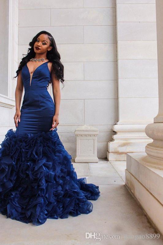 2K18 Kraliyet Mavi Gelinlik Modelleri Akşam Parti Giymek Derin V Boyun Kolsuz Mermaid Ruffles Organze Etek Örgün Parti Elbiseler