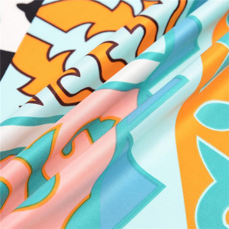 Новый Twill Шелковый Шарф Женщины Единорог Печати Квадратные Шарфы Мода Wrap Женский Foulard Большой Хиджаб Платок Платок 130 * 130 СМ