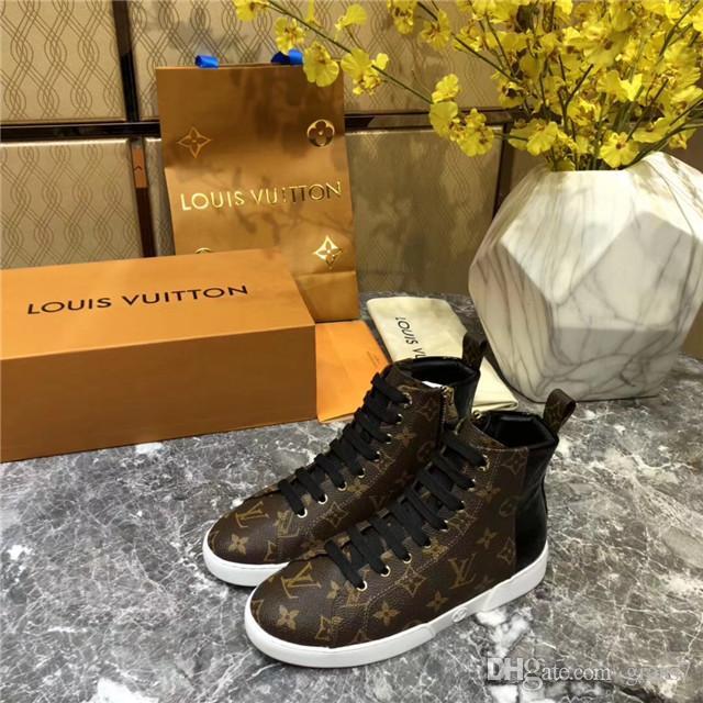49c9ee371088 Acheter DR Martenns En Cuir Martin Bottes Femmes Vintage Rétro Plus Chaud  Randonnée Chaussures De Sport Femmes Fond Plat Bottes Décontractées De   80.41 Du ...