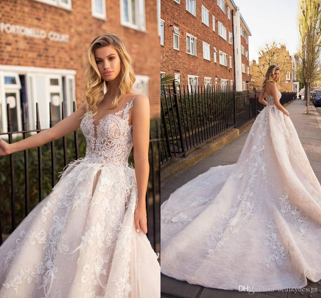 High-end V-neck Sleeveless Lace Up Wedding Dress 2019 New Appliques Pearls Sexy Fashion Bridal Wedding Gown Real Photo Sale Price Weddings & Events
