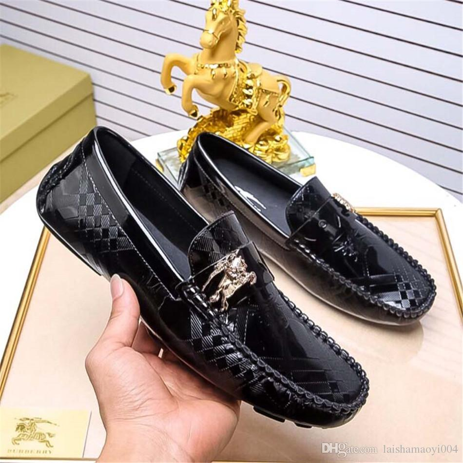 08337173a Compre 2018 Homens Sapatos De Couro De Marca De Luxo Casual Sapatos De  Condução Oxford Mocassins Masculinos Sapatos Italianos Para Homens Sapatos  De ...