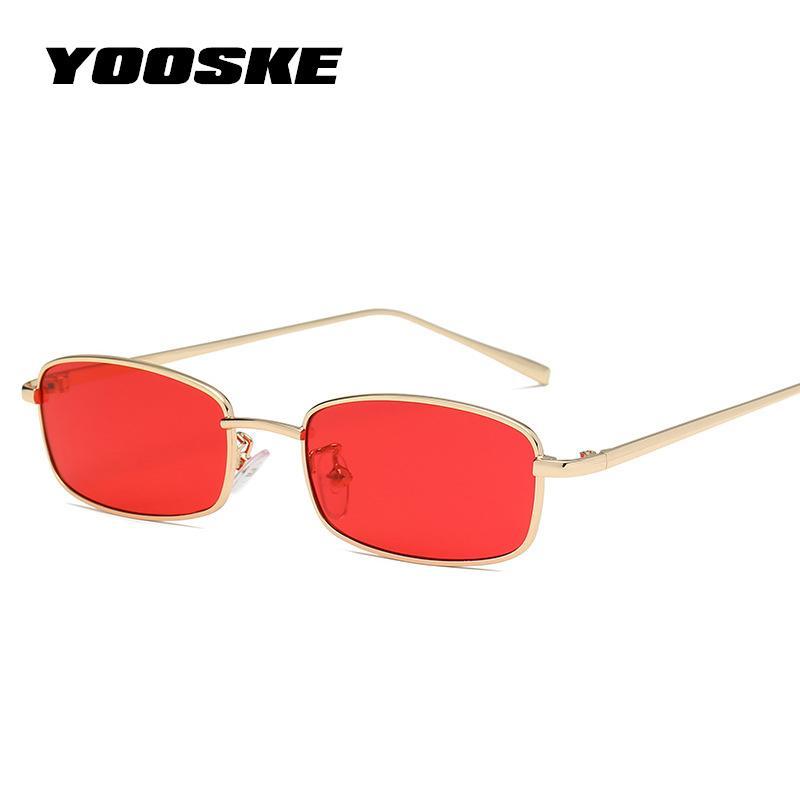 8891f4ea47460 Compre YOOSKE Pequeno Quadrado Óculos De Sol Para Mulheres Homens Retro  Vermelho Óculos De Sol Transparente Lente Clara Óculos De Armação De Metal  Shades ...