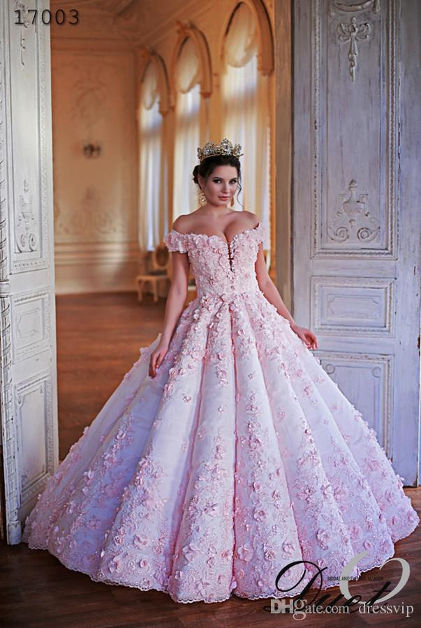 2018 Queen Wedding Dresses Lace 3D Floral Applique Beaded Pink Ruffle Off Shoulder Floor Length Country Bridal Dress Plus Size Beach Gowns