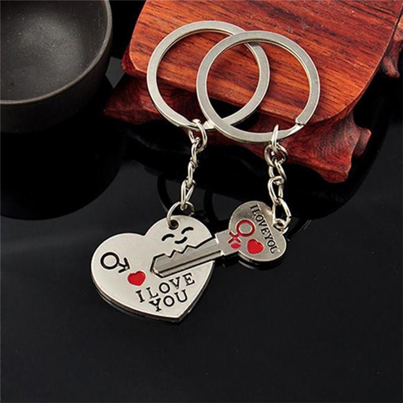 Compre 1 Conjunto De Chaveiros Casal Romântico Chaveiro Chaveiro Keyfob  Presente Do Amante Do Dia Dos Namorados Coração Chave Set De Amoywatches,  ... 7816a68c37