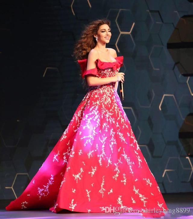 Myriam Fares Red Prom Kleider Sexy Off-Schulter Neck Abendkleider A-Line Appliques Party Kleid Arabisch Frauen Formelle Kleidung