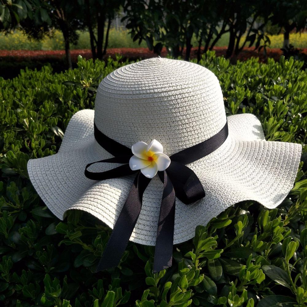 24ac41bef 2018 south Korean version sun protection beach big straw hat trend women  straw hat outdoor butterfly festival travel sun