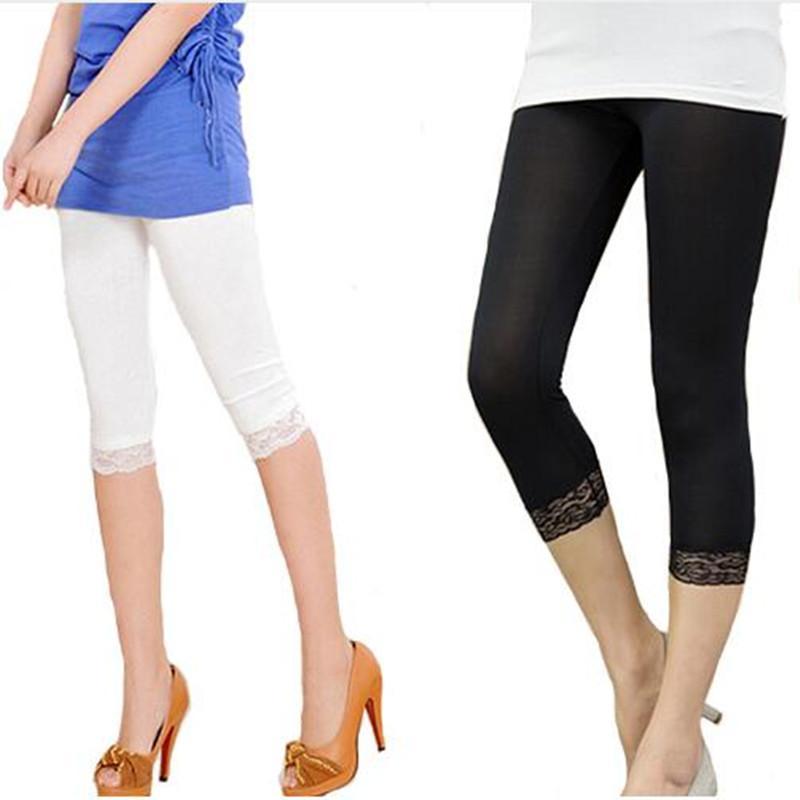 Acheter Leggings En Dentelle Élastiques Pour Femmes Summer Minces Trois  Quarts Pantalon Bodycon Jeggings Grande Taille Pantacourt Court Noir Blanc  De  37.66 ... 74c3c91579a