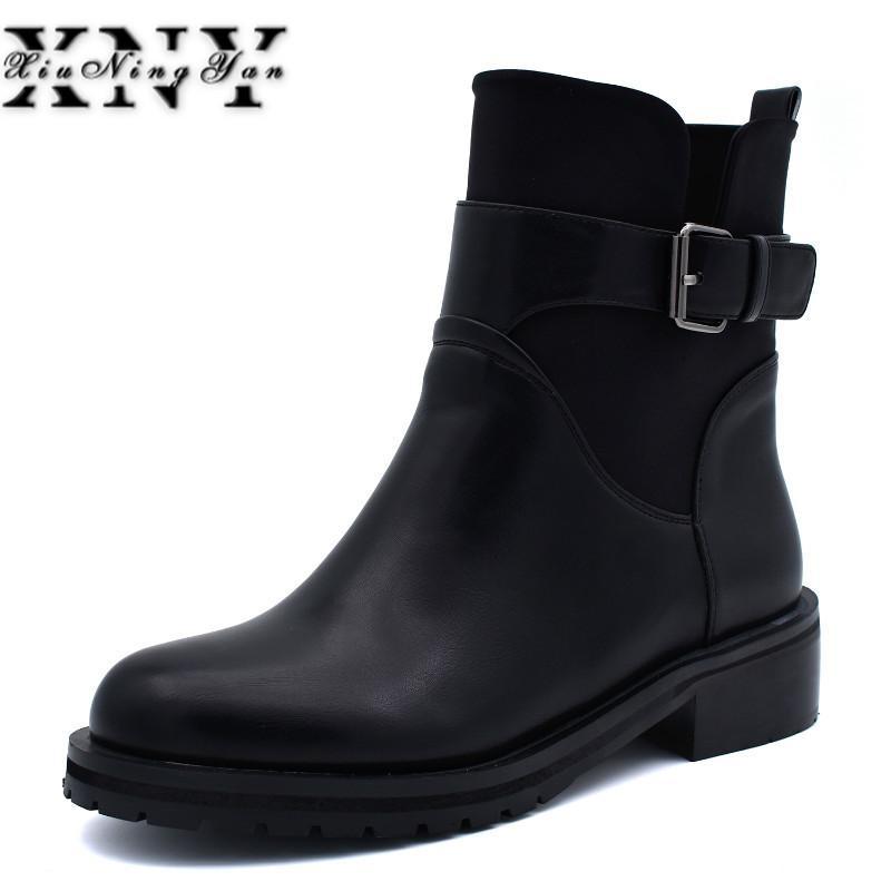 Großhandel Neue Mode Schnalle Stiefeletten für Frauen Flache Plattform Weiche Seitlichem Reißverschluss Frauen Stiefel Winter Warme Plüsch Stiefel