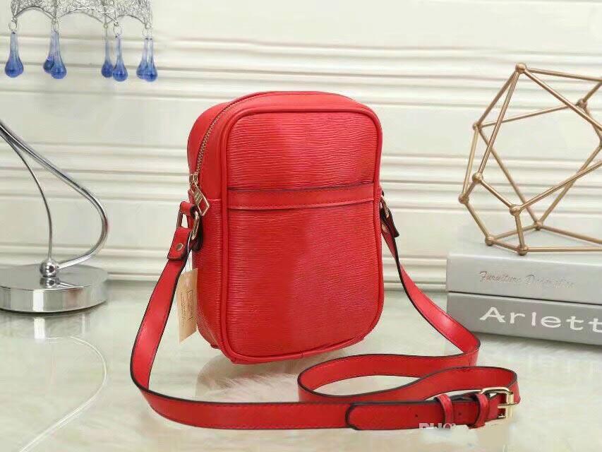 18bbeb1906 Classic Should Bags 2018 Men Women Bags Gfamous Brand Luxury Lady PU  Leather Handbags Designer Saddle Bags Purse Shoulder Tote Bag Cute Purses  Rosetti ...