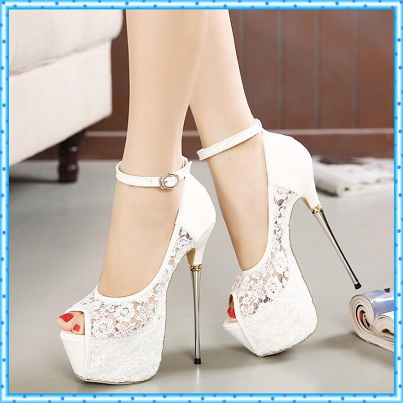 0325b44af45eb Compre Sandalias De Verano Para Mujer Zapatillas De Encaje Zapatos De  Fiesta Para Mujer Zapatillas De Plataforma Zapatos De Boda Blancos Tacones  De Aguja ...