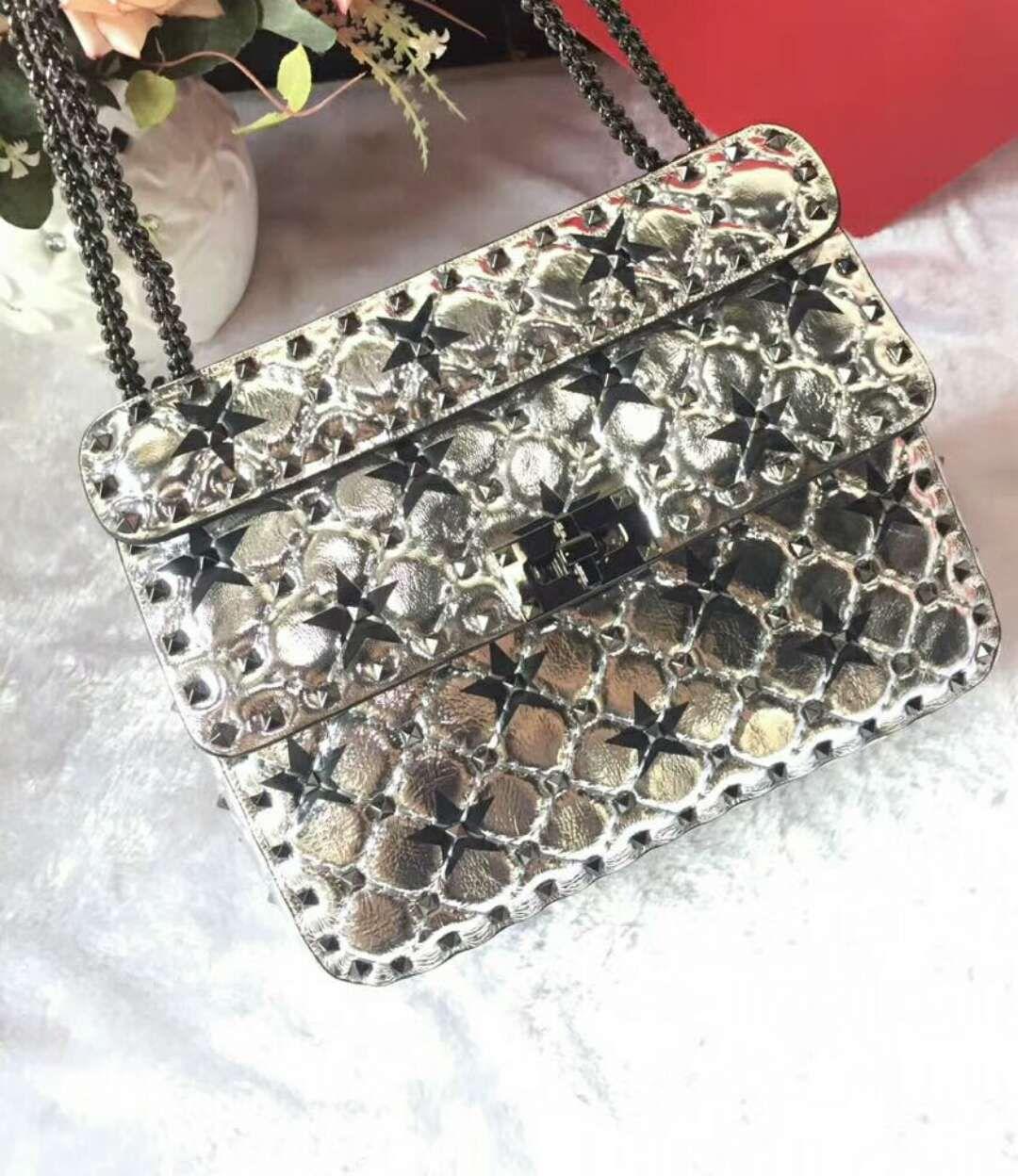 2018 new genuine leather real high fashion handbag diamond lattice metallic silver color stars cross body pack sheep leathe full stars 24cm