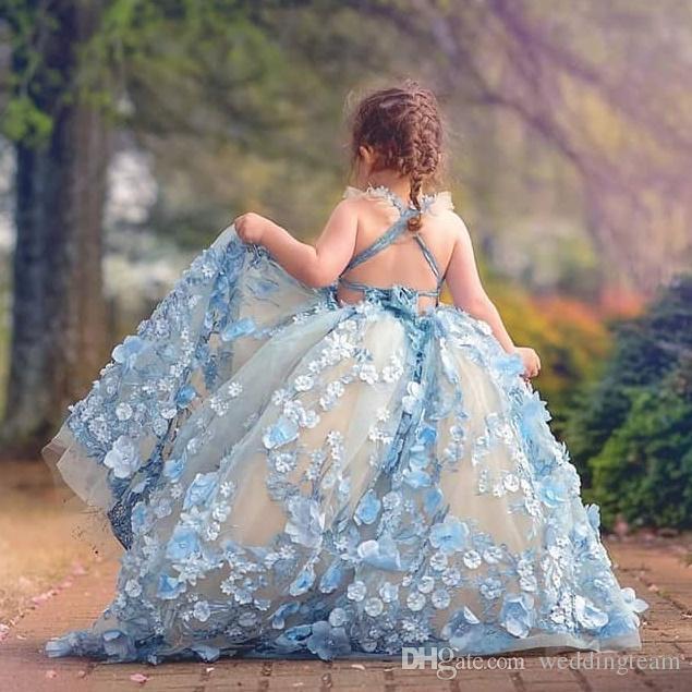Vestido de bola con cuentas Vestidos para niños pequeños Vestido de niña de flores sin espalda con apliques en 3D Tren de barrido de tul para niños Vestidos de baile
