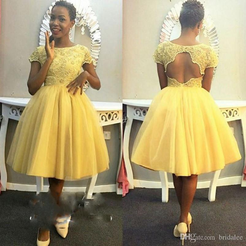 Elegant African Girls Yellow Prom Dresses Short Sleeves Lace Keyhole Back For Black Women Tulle Ball Gowns Homecoming Party Dress Gowns