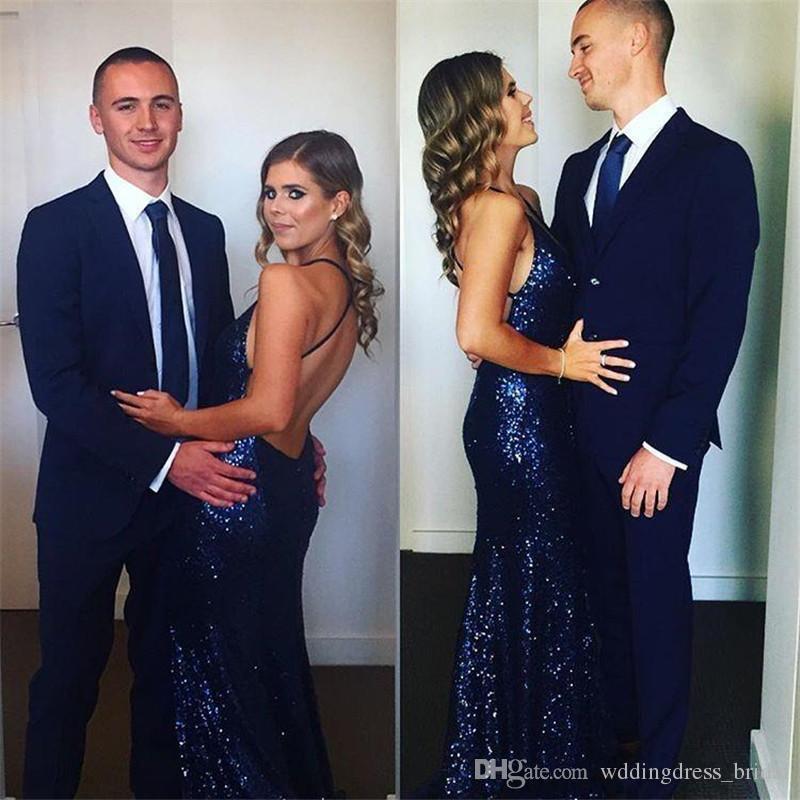 Sexy bleu marine Paillettes robes de bal sirène 2019 col en V profond dos nu élégantes longues Robes de soirée formelles bon marché Robes de Cérémonie