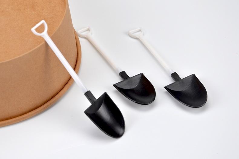 Disposable Spoon Shovel Shape Design Coffee Ice Cream Soup Honey Spoon Long Handle Tea Spoons for Kids freeshipping 500pcs