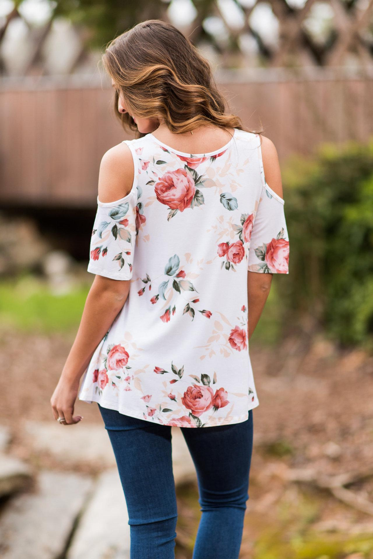 The new sales of European and American fashion printed loose shoulder t-shirts