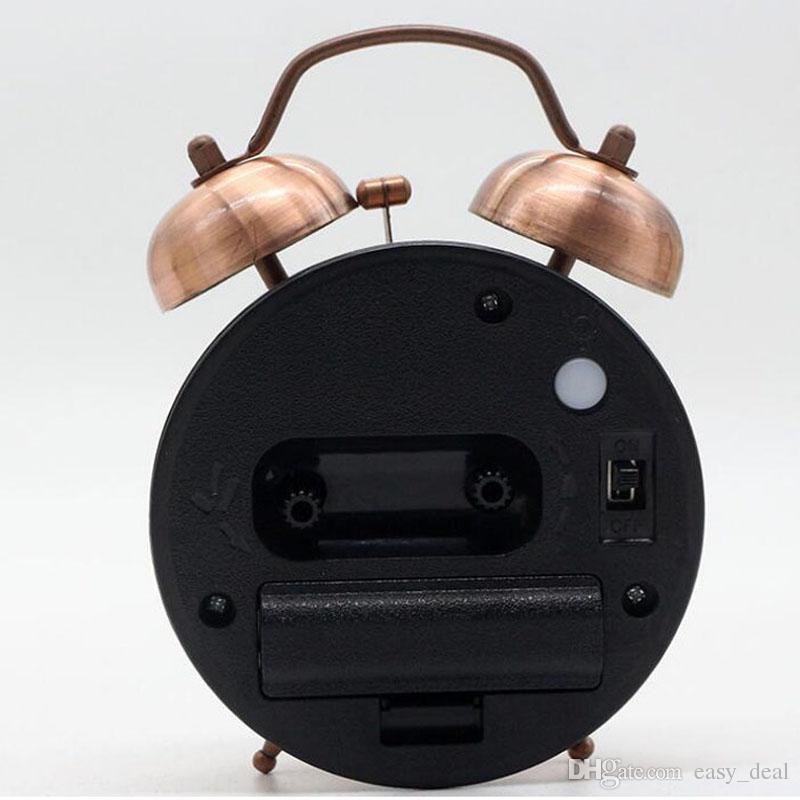 Vintage Wecker mit lautem Wecker und Nachtlicht Silent Quartz Metal Desktop Tischwecker batteriebetrieben ZA5951