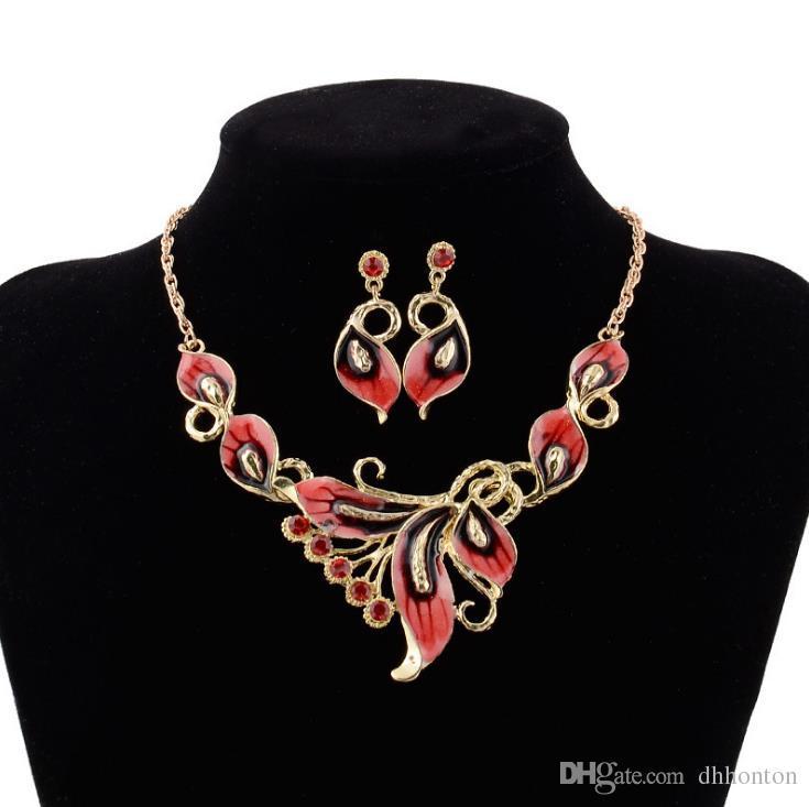 Короткий стиль ожерелье капает масло цвет бабочка ожерелье серьги ювелирные изделия независимая упаковка ювелирные изделия бесплатная доставка WQ29