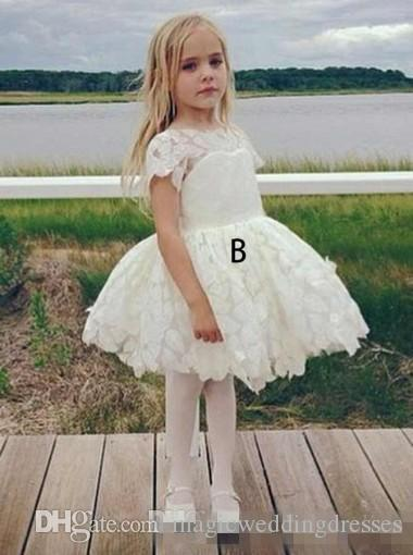 Ivory Full Lace Flower Girl Dresses For Vintage Wedding 2018 Backless Long Sleeves Knee Length Little Toddle First Communion Party Gowns