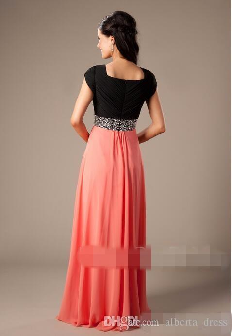 Coral Dos tonos Vestidos de dama de honor largos y modestos con mangas de casquillo Cuentas Cinturón Chifón Una línea de piso Novias Vestidos formales de noche