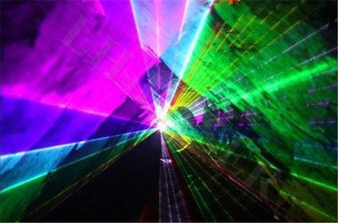 Открытый 4000 МВт RGB Полноцветный клуб Лазерное освещение Диско Система Сейчас Развлечения Легкая Шока Проектор DJ Оснащение Party Для Продажи