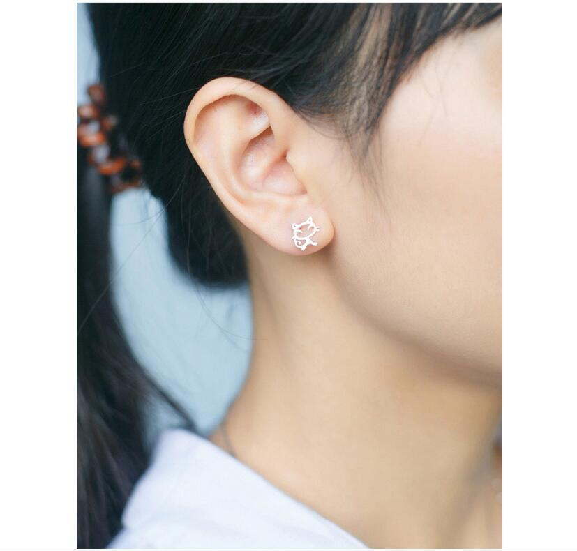 Trusta 100% 925 Sterling Silver Women Jewelry Fashion Tiny 9mmX9mm Hollow Out Symmetry Cat Stud Earrings For Daughter Girls DS54