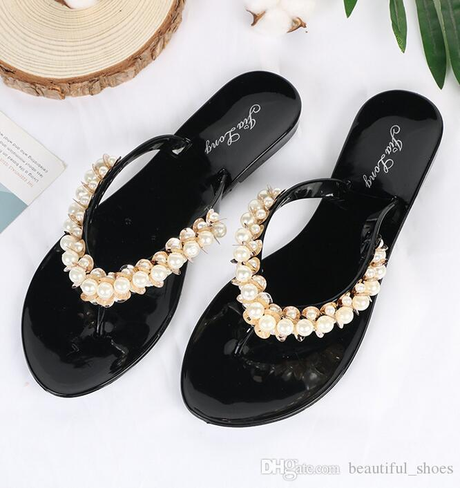 f98e9f07ebdcd1 Summer New Outdoor Beach Sandals And Slippers Fashion Casual Women S  Slippers Non Slip Flat Bottom Flip Flops Beads Flip Flops Combat Boots  Moccasins From ...
