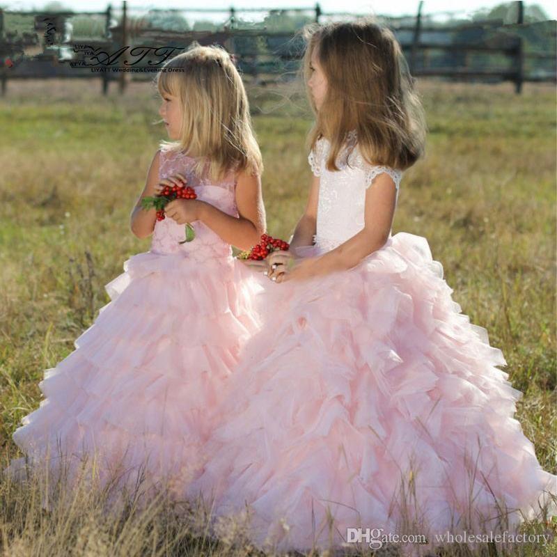 Cute Pink Tulle Warstwowe Ruffles Line Flower Girls Dresses Krótkie Rękawy Koronki Princess Wedding Party Suknie dla Dzieci Uroczym Suknie Dziewczyn