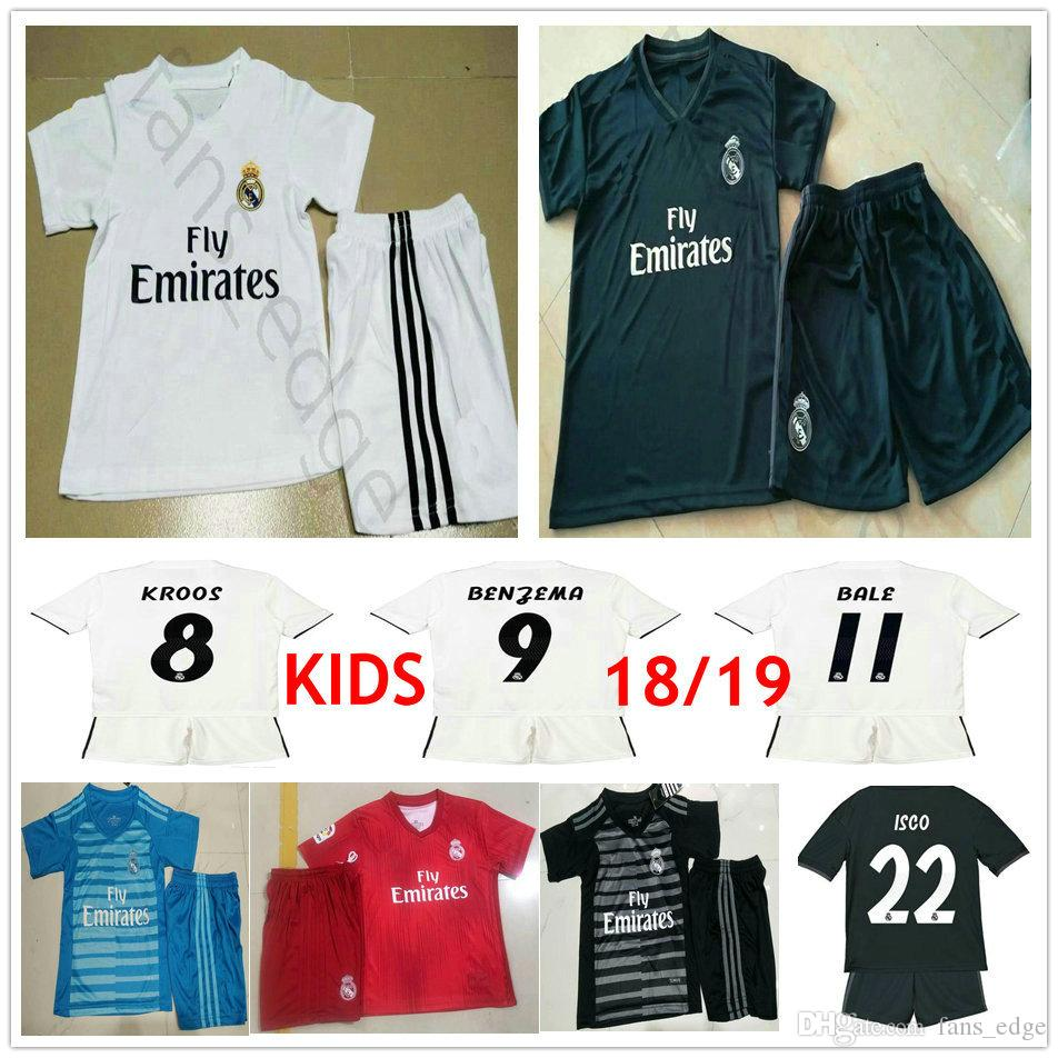 low priced 9e8cb 73dfe Kids Real Madrid Soccer Jersey Kit MODRIC RONALDO BALE ISCO ASENSIO KROOS  VARANE Custom Man Woman Youth Children Boy 18 19 Football Shirt